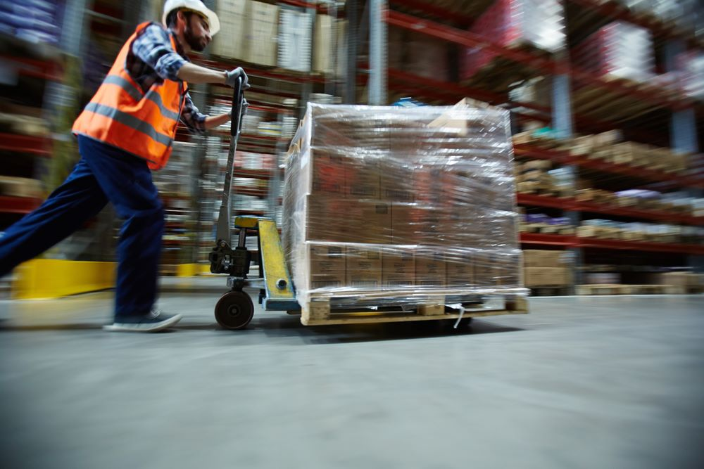 warehouse_shifting_www.rentalpickupdubai.com